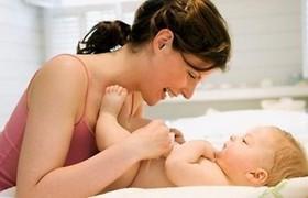 как лечить потницу у младенца, чем лечить потницу у новорожденного